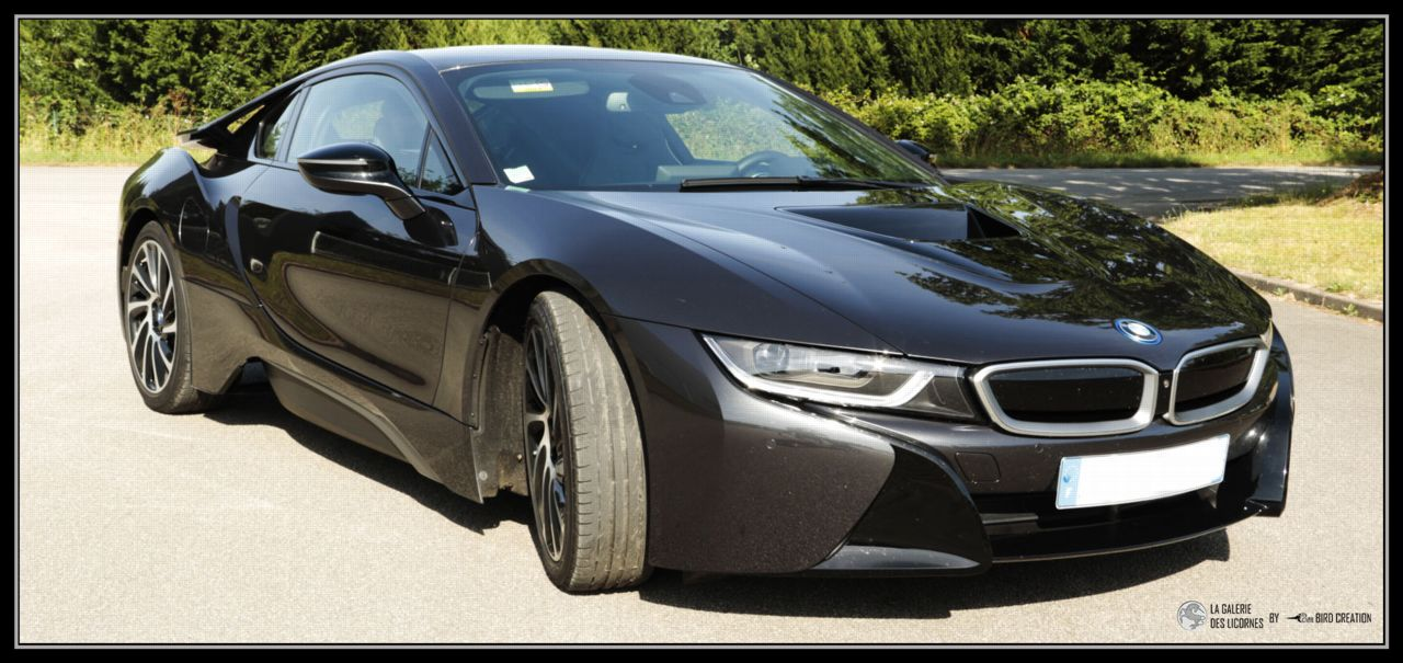 BMW i8 - DISPONIBLE A LA LOCATION